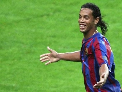 ronaldinho gaucho, ronaldinho, ronaldinho goals, Barcelona, Milan, PSG, brazil, football, brazil worldcup, Ronaldo de Assis Moreira,
