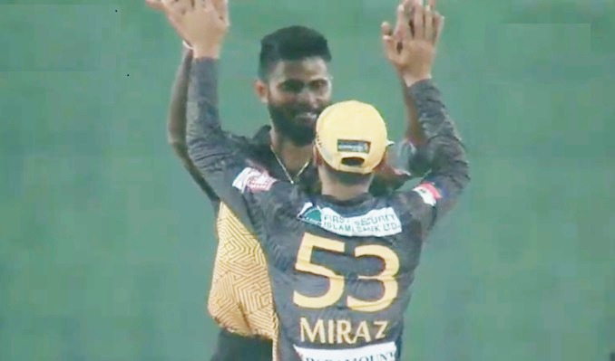 Mehedi Hasan Miraj, Rajshahi Kings, Khulna Titans, Mahmudullah, bdsports, bd sports news